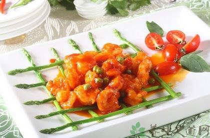 苏州食堂承包:地方特色菜番茄虾球的做法