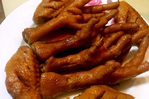 江苏食堂承包:卤菜吃不完如何存放